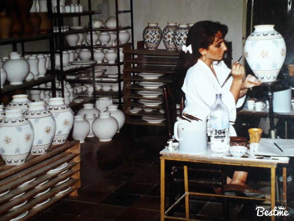 Loredana Papale, artista delle ceramiche di Caltagirone.